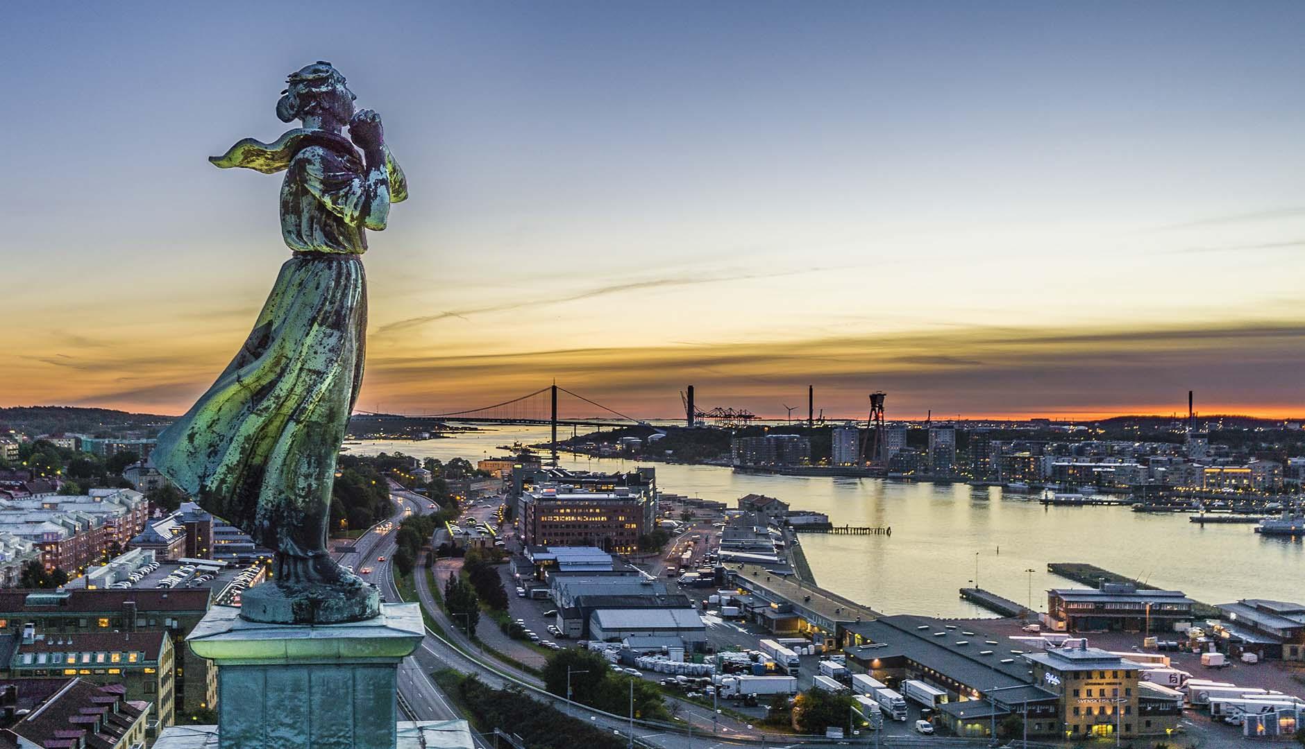 Göteborgs inlopp, älvsborgsbron och Sjömanshustrun
